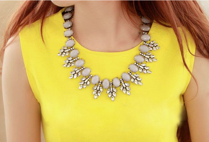Leaves Choker Necklace