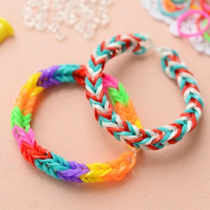Rubber Bands DIY Bracelet