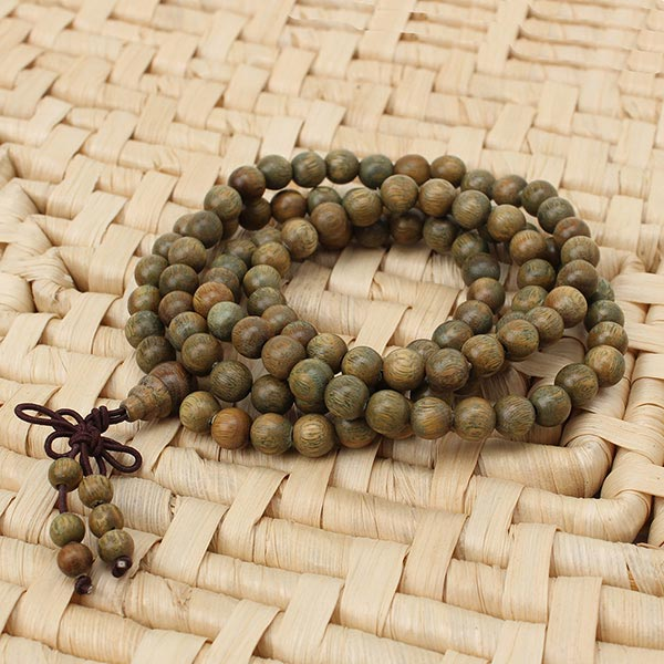 Green Sandalwood Necklac
