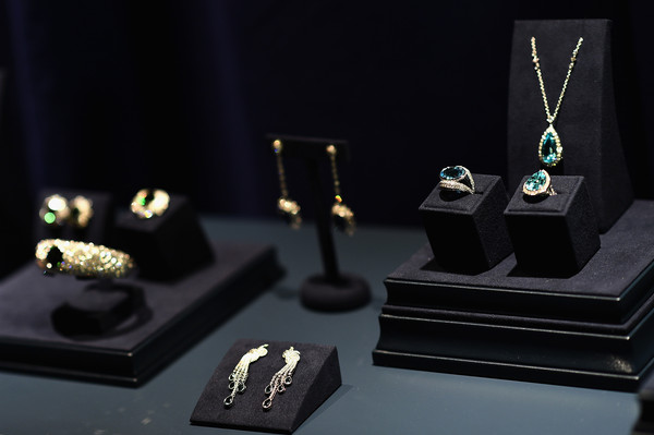Tiffany 2015 blue book collection