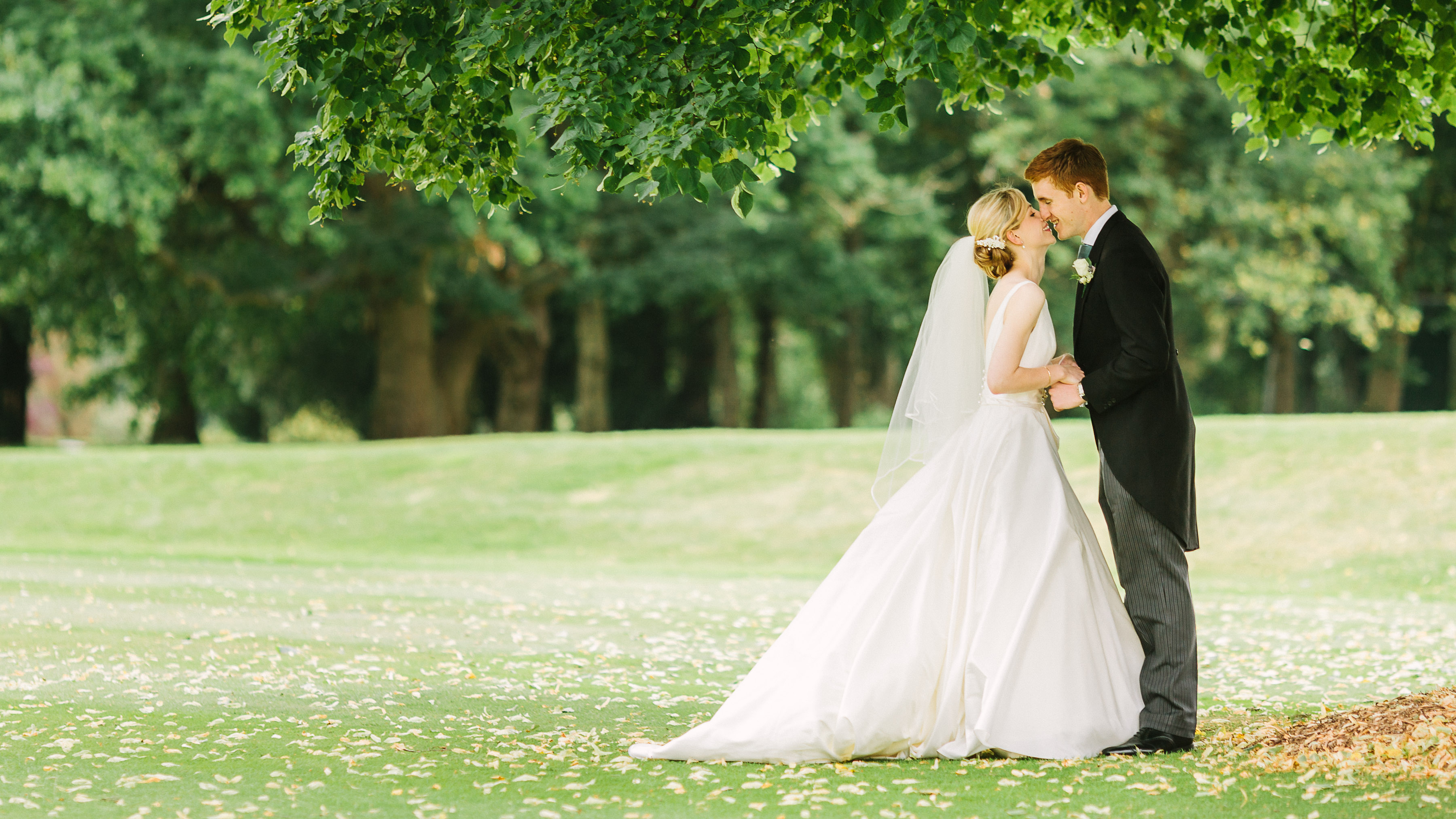 how to perfectly choose our wedding jewelry jewelry gossip With wedding picture video