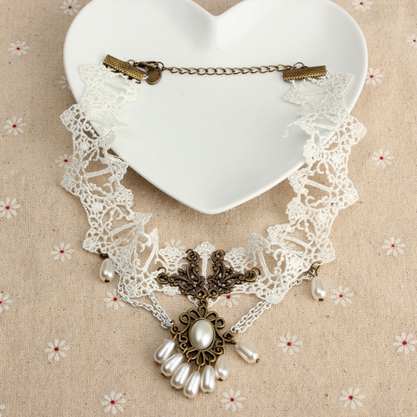 White Lace Collar Necklace