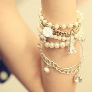 Multilayer pearl beads bracelet