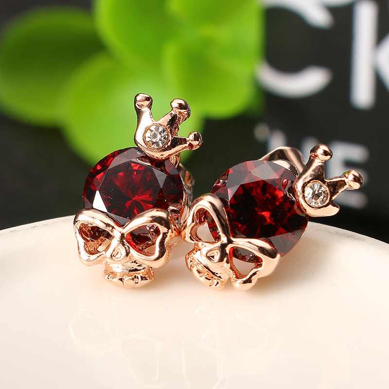 skull crown earrings